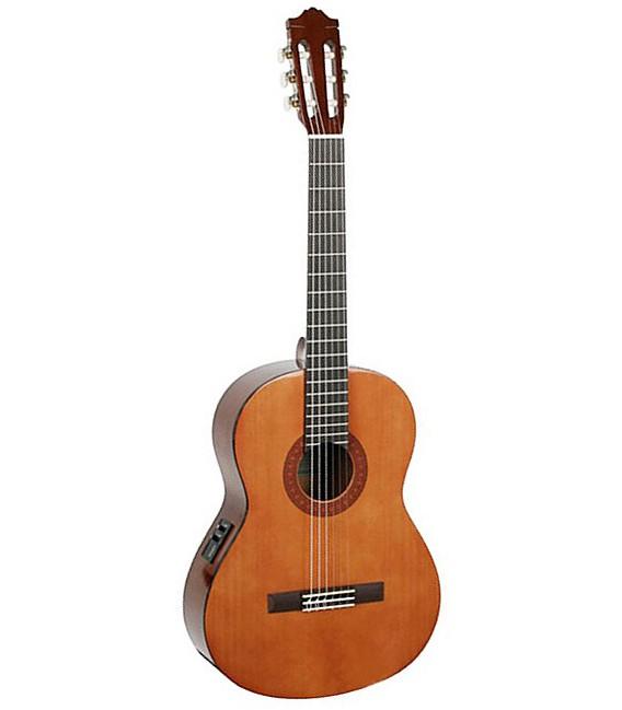 Guitarra Yamaha CX40II electrificada