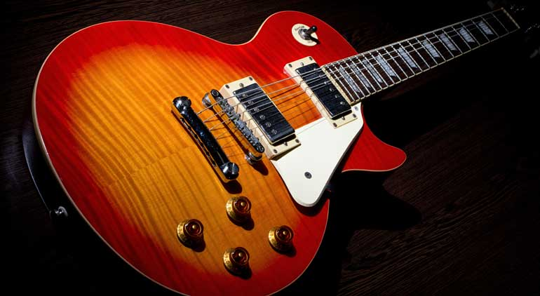 History of the electric guitar: eternal youth